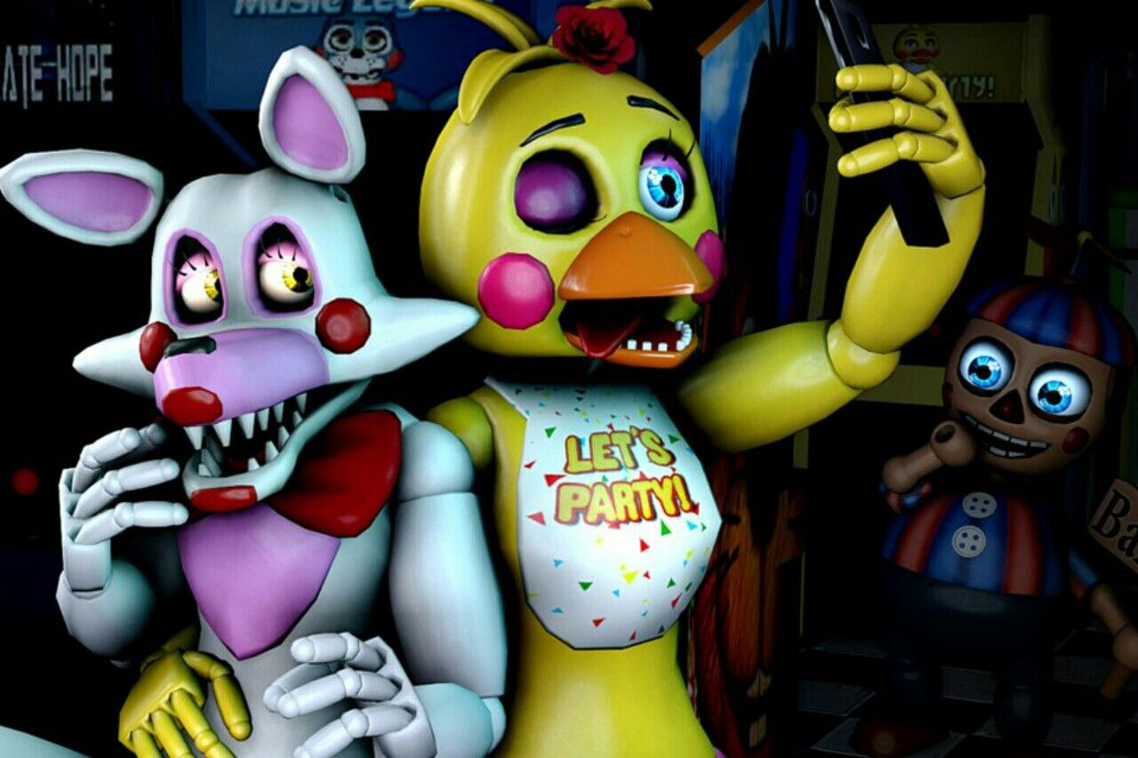 Toy Chica Hey Mangle Want A Selfie Mangle Ummmmmmmm Okay