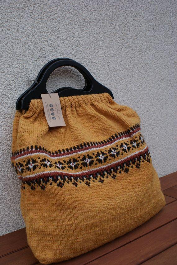 Knitted Bag With Lining Wooden Handles Hand By Sandrastjuknits Bohem Canta Canta Modelleri Canta