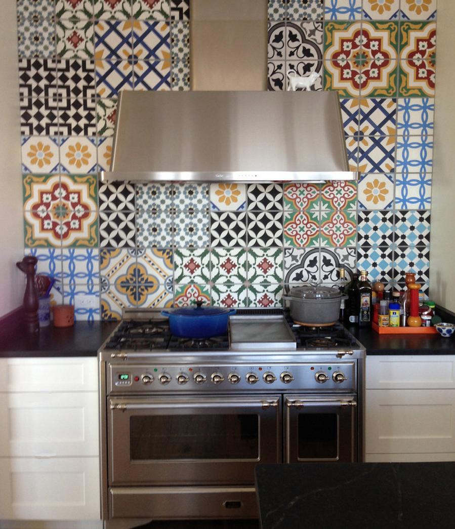rivestimento cucina con cementine antiche | Stili | Cocinas ...
