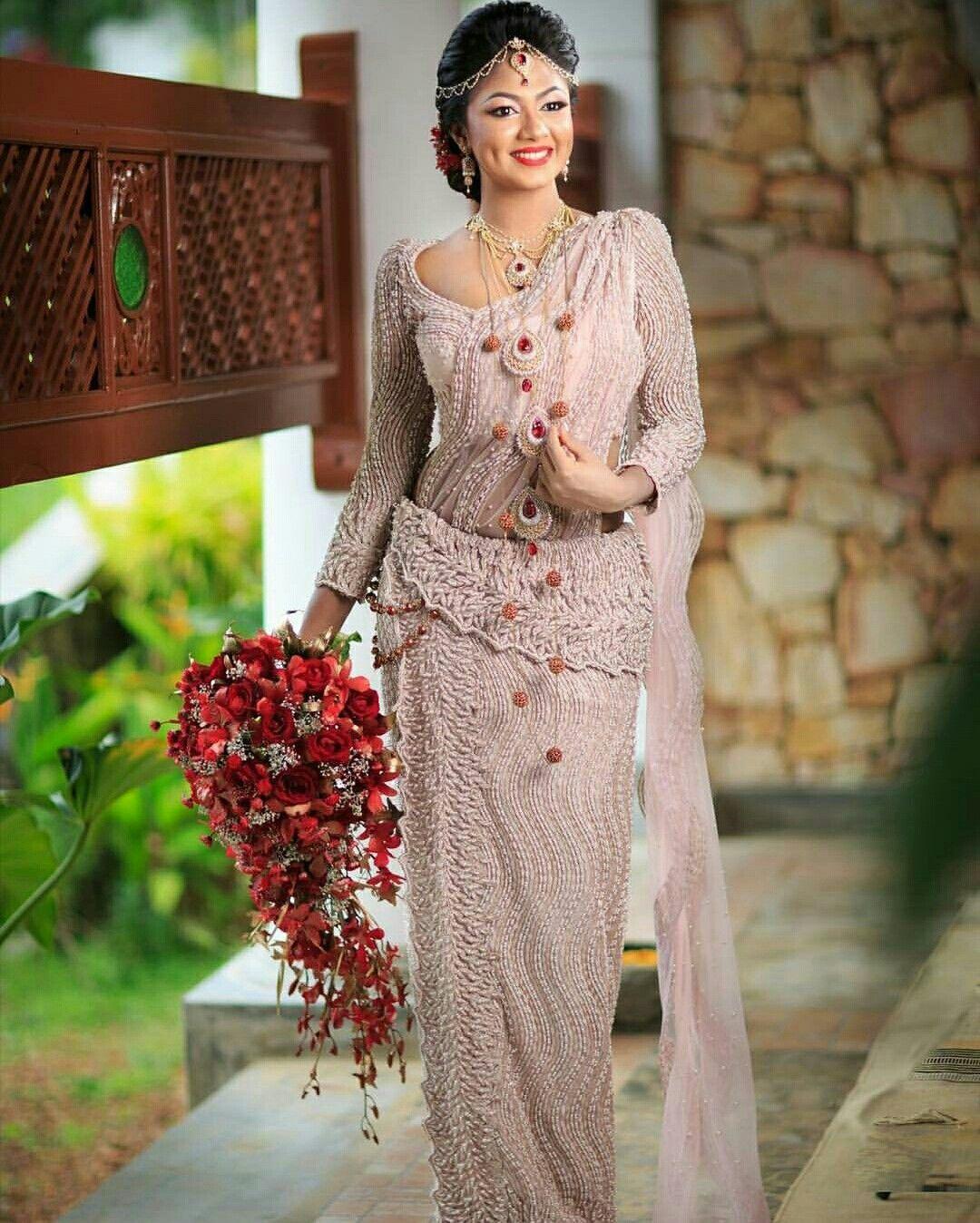 Pin By Yashodara R On Kandyan Brides India Wedding Dress Bridal Dress Design Bridal Dresses