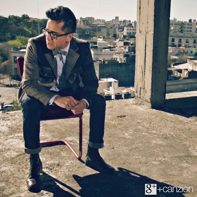 Disfruta el videoclip de Rescate con su canción #ElVeneno, tema de la película El Otro ➜ http://www.youtube.com/watch?v=dAkXG4muMQM&feature=youtu.be