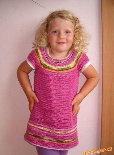 Dívčí háčkovaná tunika - NÁVODY NA HÁČKOVÁNÍ  752b901f08