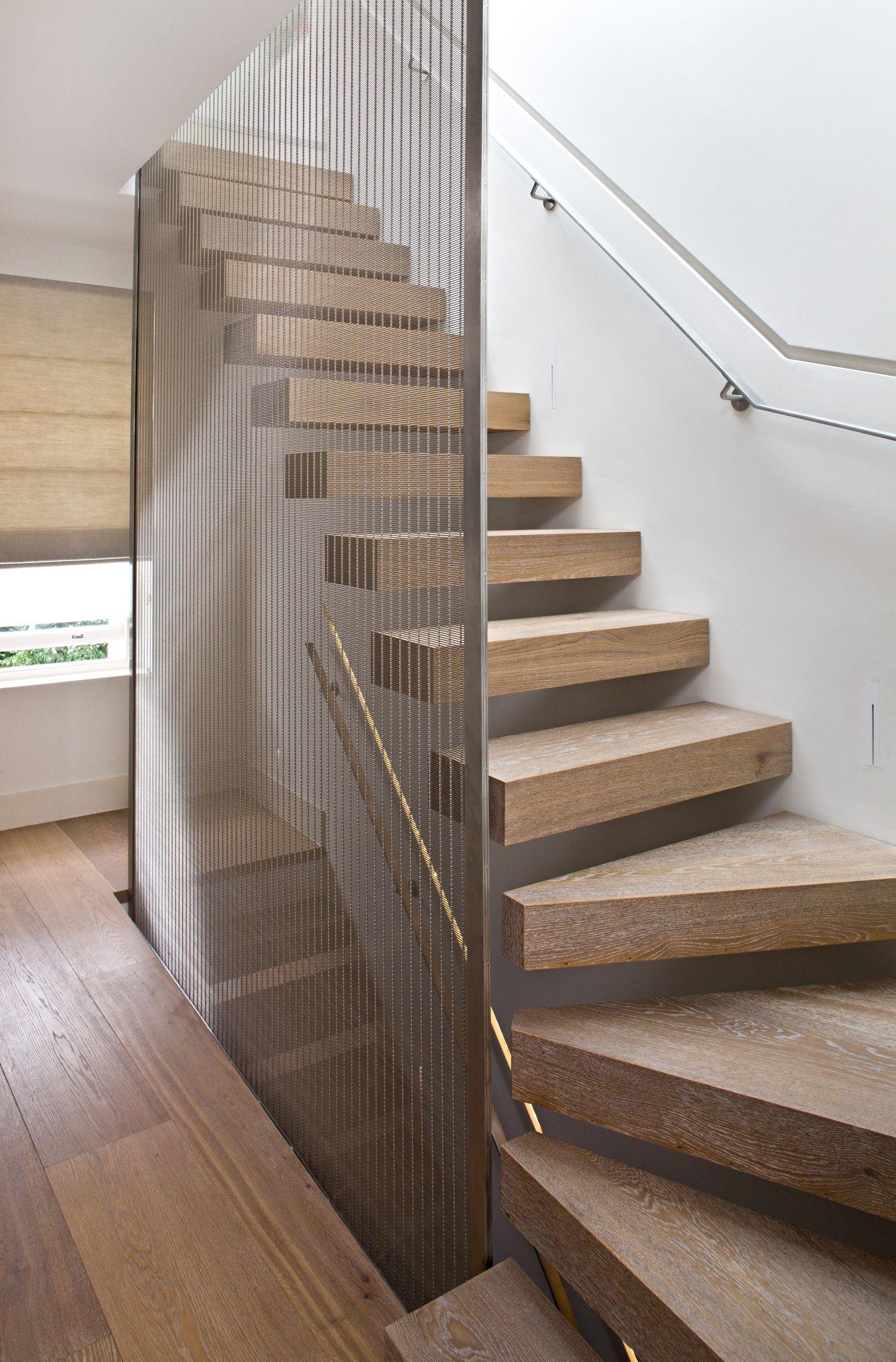 Best Bleached Oak Floating Staircase Metal Railing Chain 400 x 300