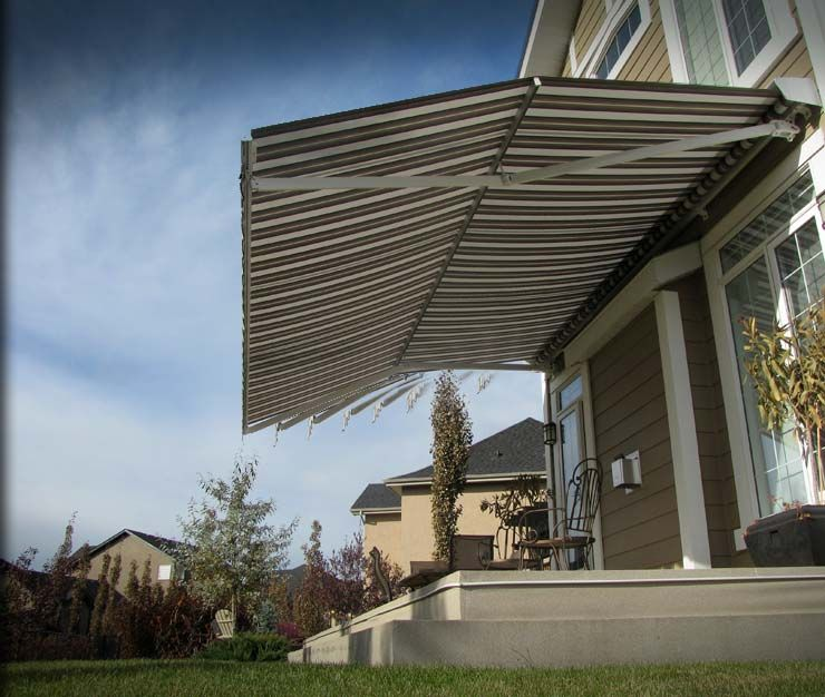 Retractable Awnings With The Marcesa Feature Offer Much Higher Headroom To Open Up Your Outdoor Patio