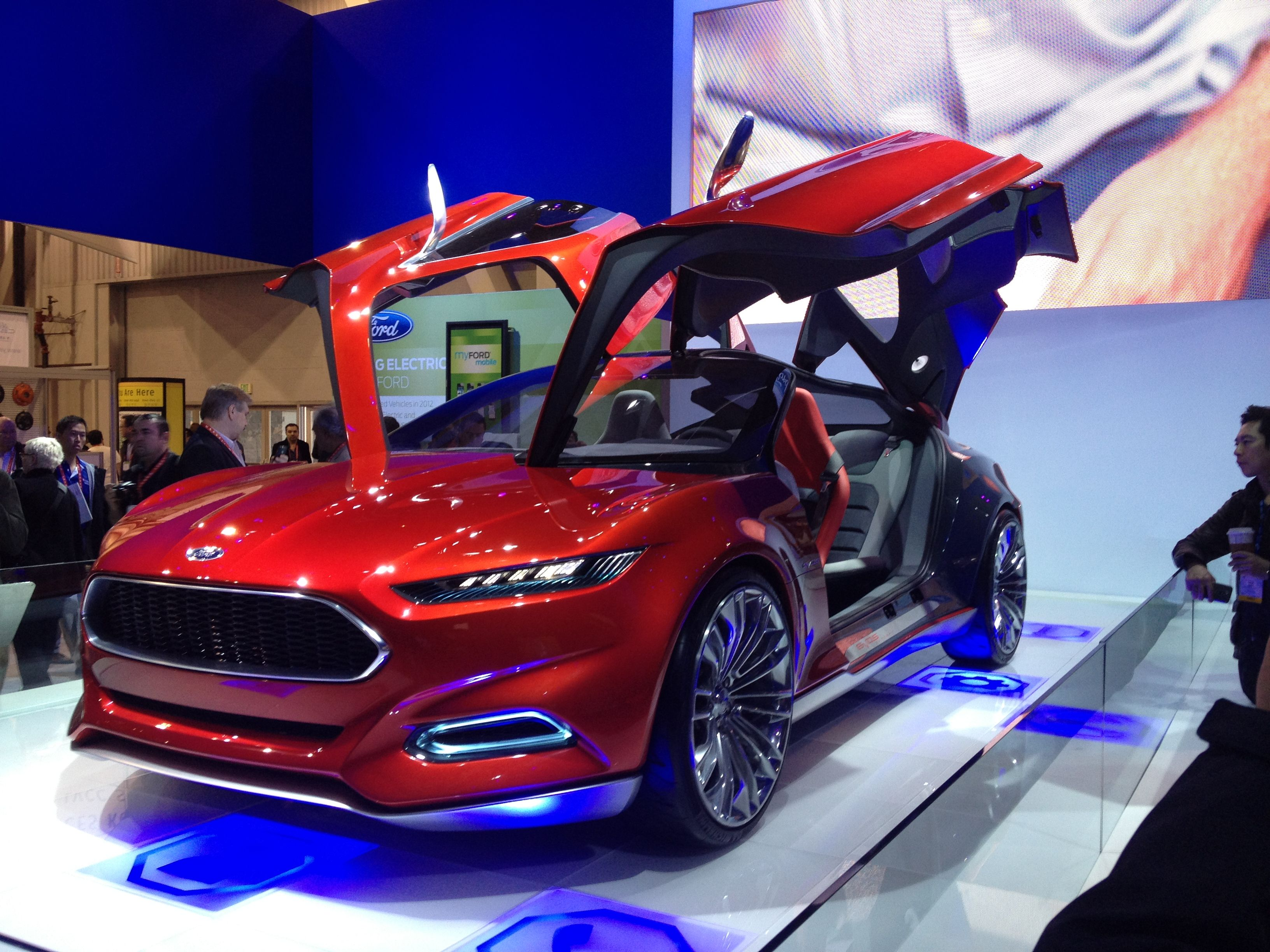 This Is An Amazing Ford Concept Car Shown At Ces Had Two Sets Of Gull Wing Style Doors Ford Fusion Custom Ford Fusion Ford