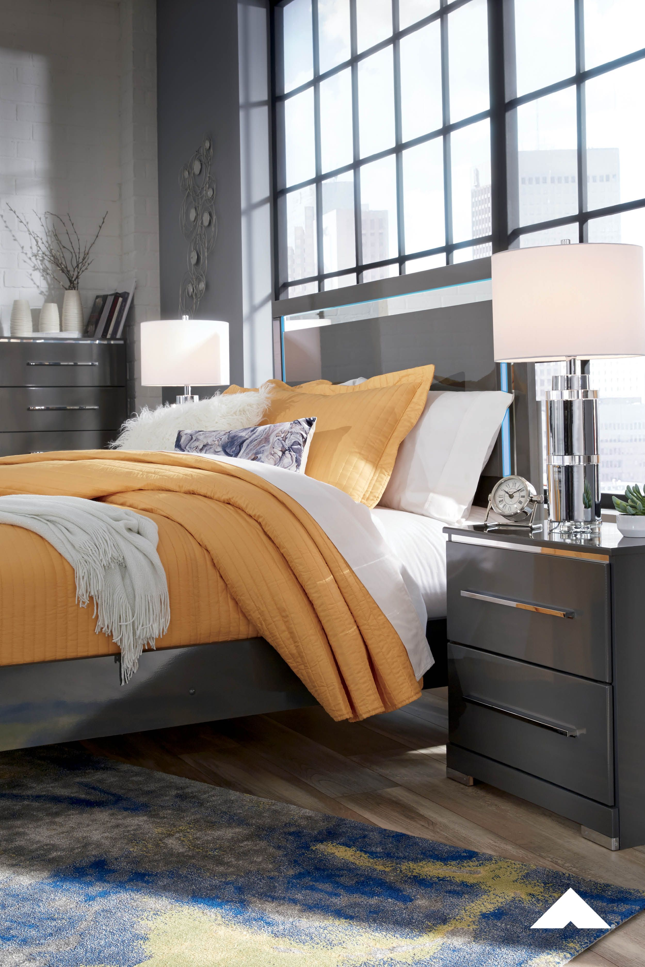 Steelson Gray Bedroom Set Nighttime is the light time