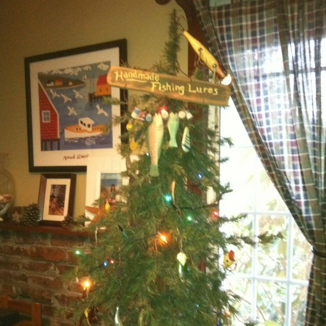 fishing lure Christmas tree..I like the Gone Fishing Sign for tree topper