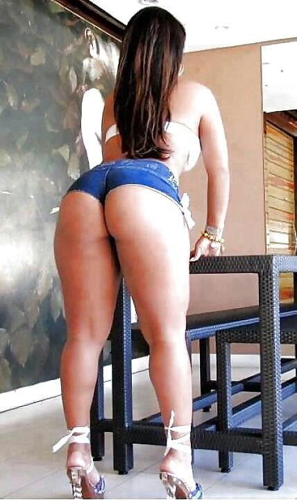 Thick curvy latina booty shorts
