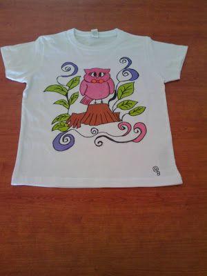 Decora con rosa: camiseta  pintada a mano
