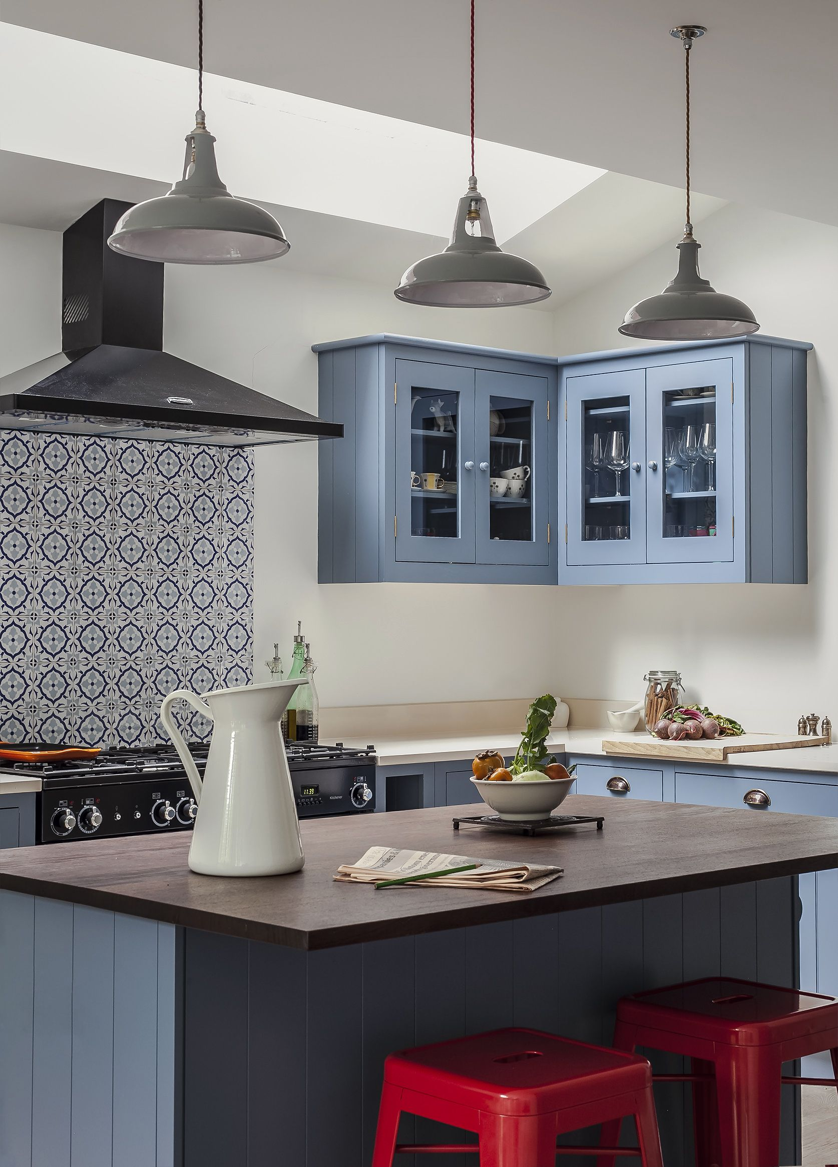 British Standard Cupboards painted in Dulux Niagra blue | BLUE ...