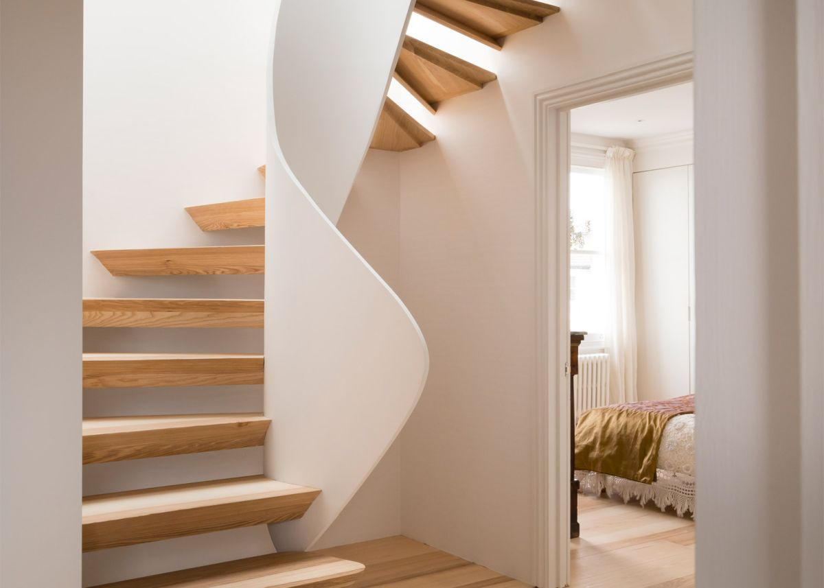 Casa Vota Twisted Staircase Design