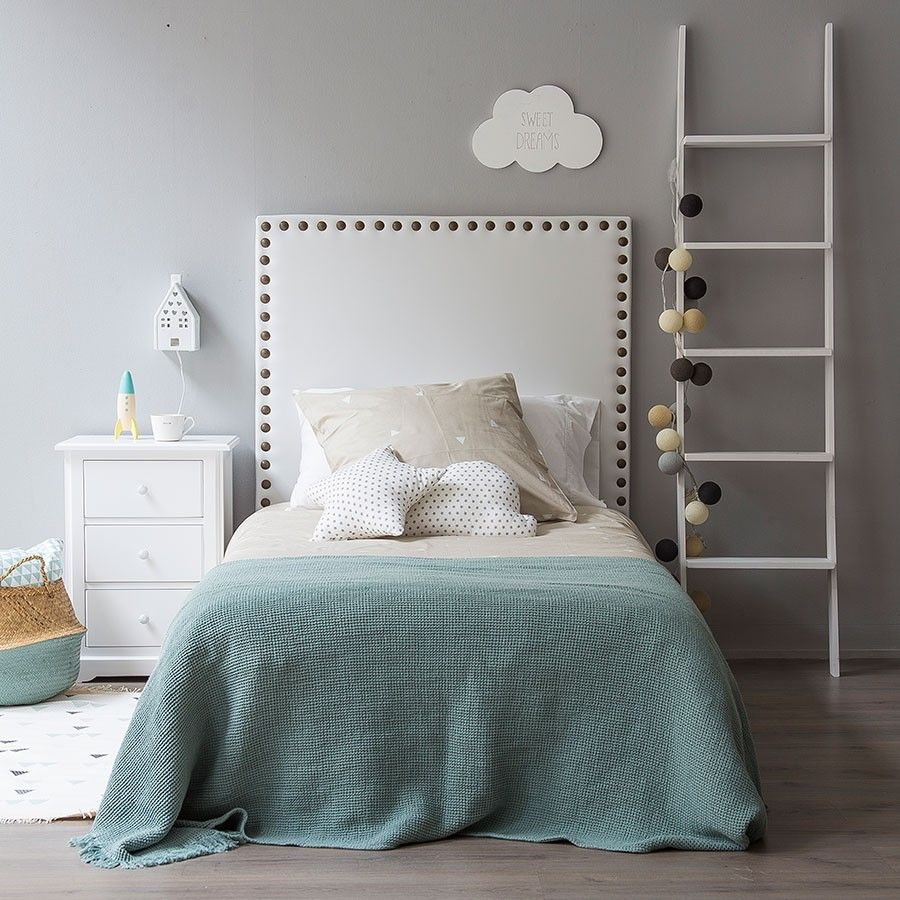 Respaldo con tachas grandes ideas para hacer pinterest - Cabeceros de cama tapizados ...