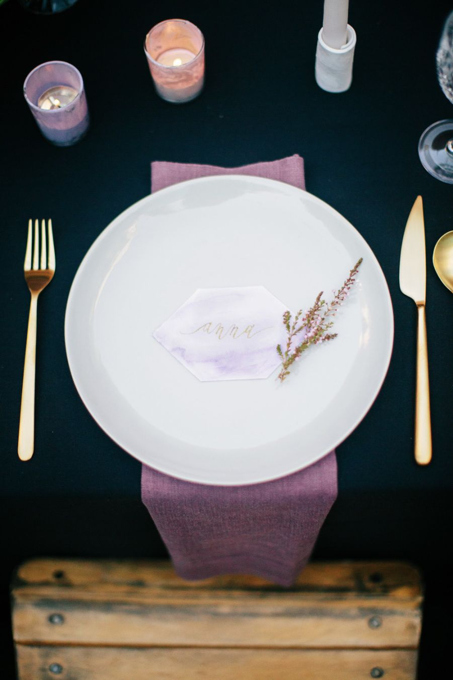Pretty Place Settings Perfect for Thanksgiving: http://www.stylemepretty.com/collection/3537/