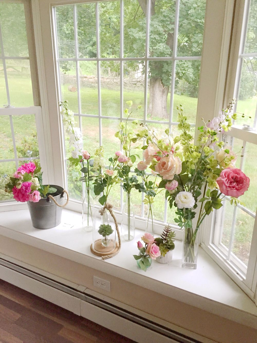 english garden windowsill flowers country flower shabby. Black Bedroom Furniture Sets. Home Design Ideas