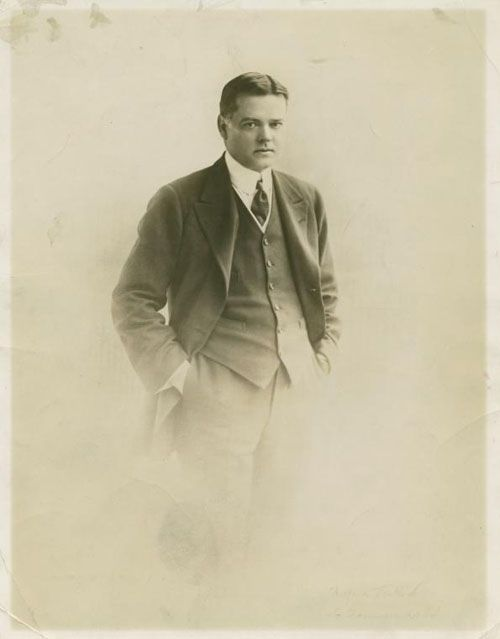 President Herbert Hoover as a young man. New York Public Library, Stephen A. Schwarzman Building / Print Collection, Miriam and Ira D. Wallach Division of Art, Prints and Photographs