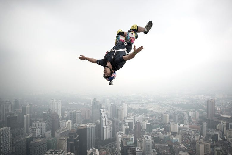 Base Jumper Vincent Philippe Benjamin Reffet From France Leaps From The 300 Metres Open Deck Of The Malaysia S Landma Base Jumping Kuala Lumpur Sports Pictures Base jump wallpaper hd