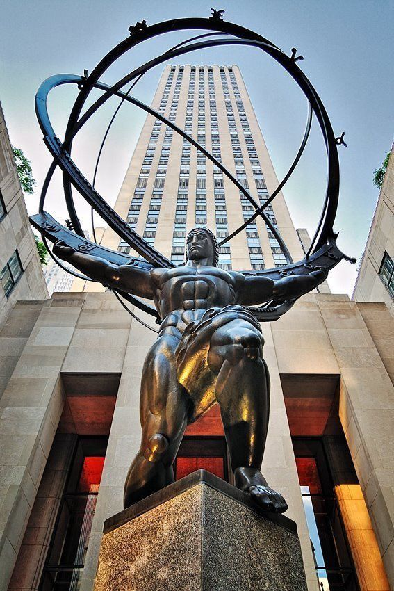 Картинки по запросу Lee Lawrie's bronze Atlas statue which lies outside the Rockefeller Centre