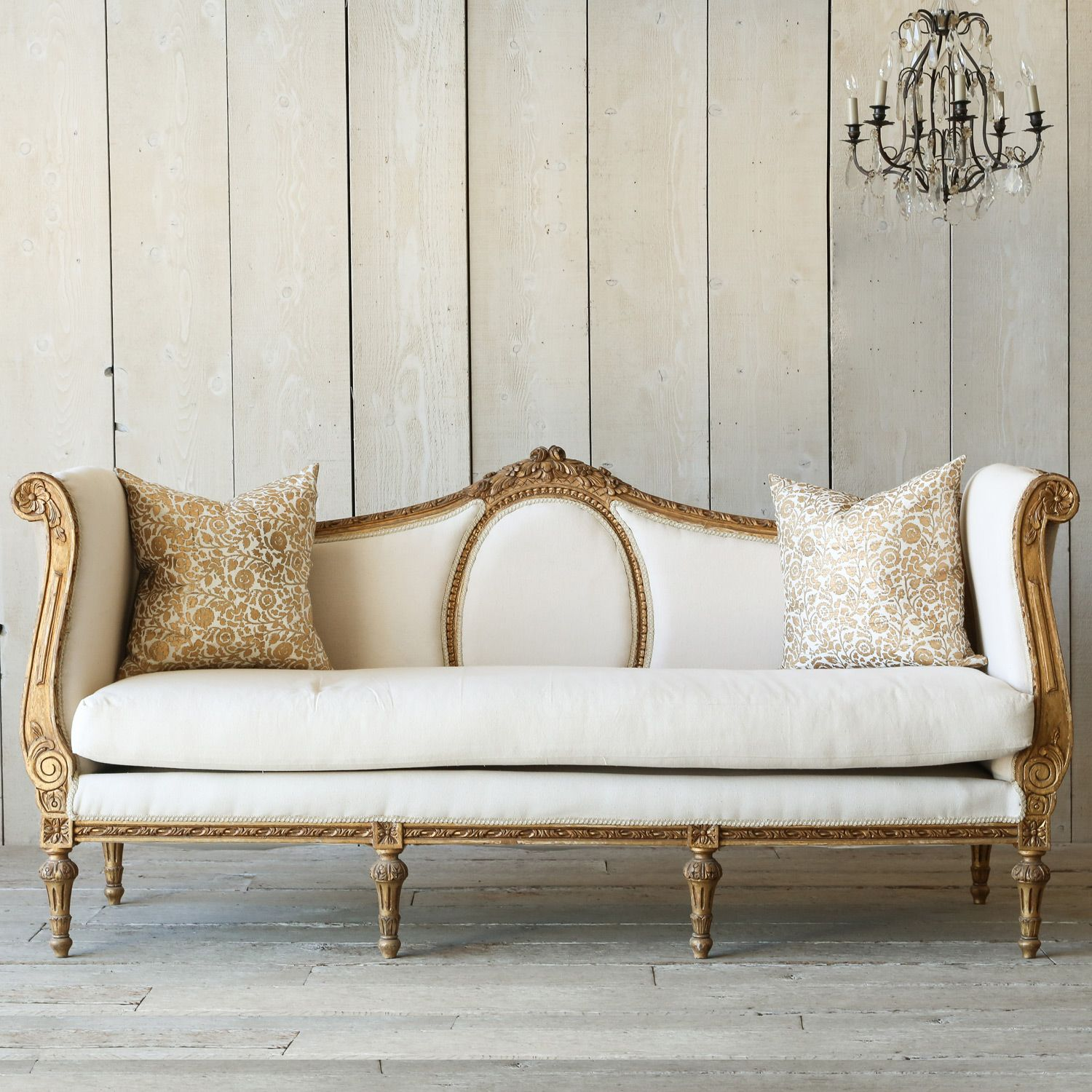 Antike Sofas Contemporary Eloquence One Of A Kind Vintage Daybed Italianate Deep Gilt