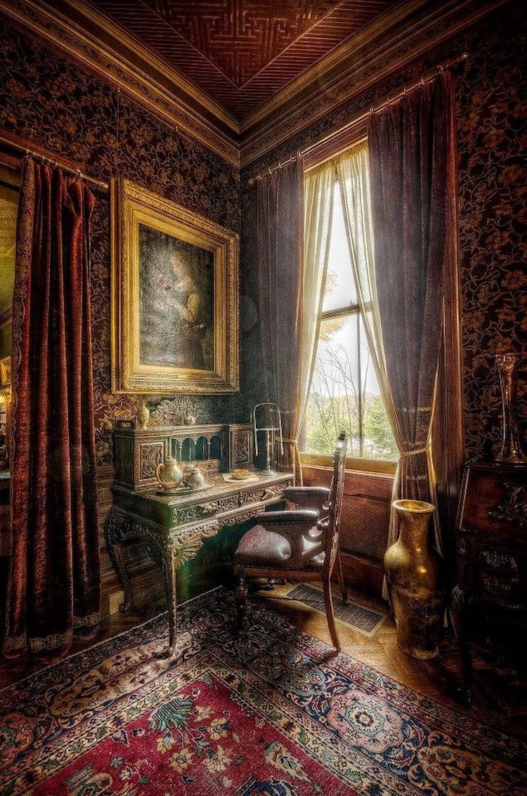La Maison De Mark Twain Serait Hantee Maison Hantee Interieur