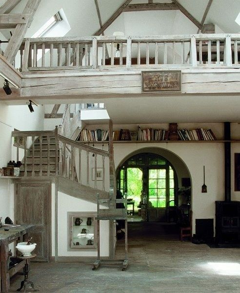 I want to live in a house with a loft