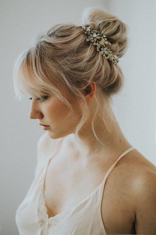 Lockerer Messy Dutt Als Brautfrisur Von Nike Nitz Bridal Hair In
