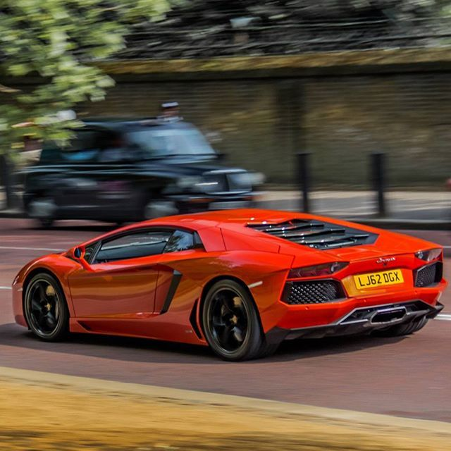 Jaguar Car Wallpaper: Lamborghini Aventador #exoticcar #topcar #topgear