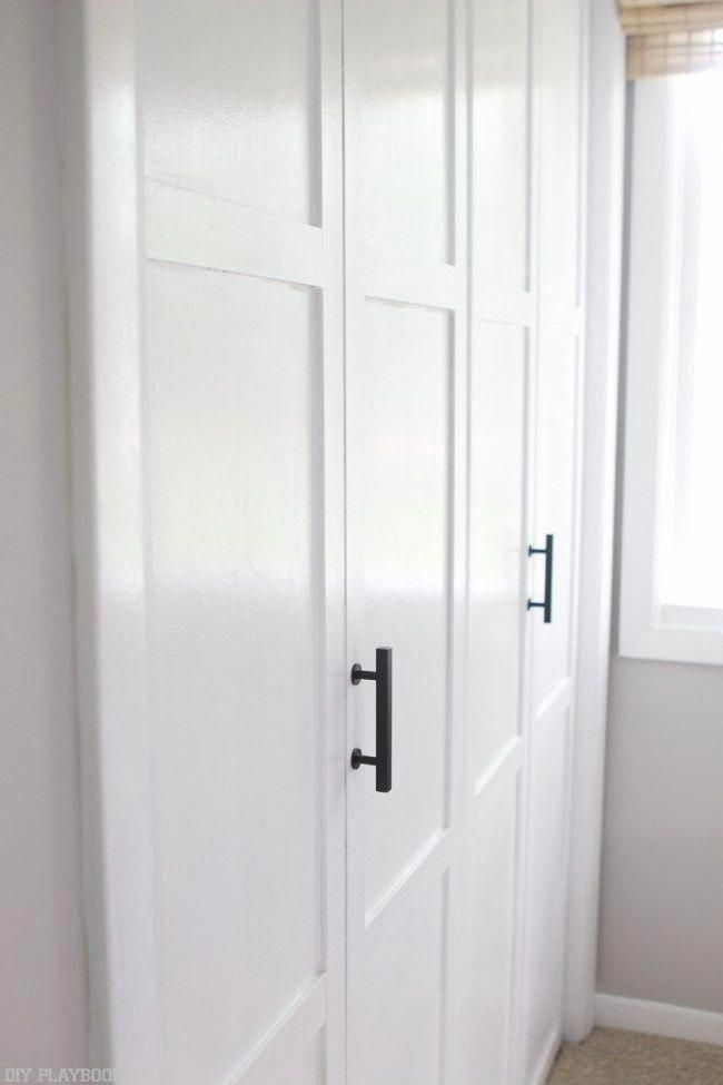 These Diy Closet Doors Are Amazing Just Simple Bifold Doors With Lattice Added To Them And White P Modern Closet Doors Old Closet Doors Bifold Doors Makeover