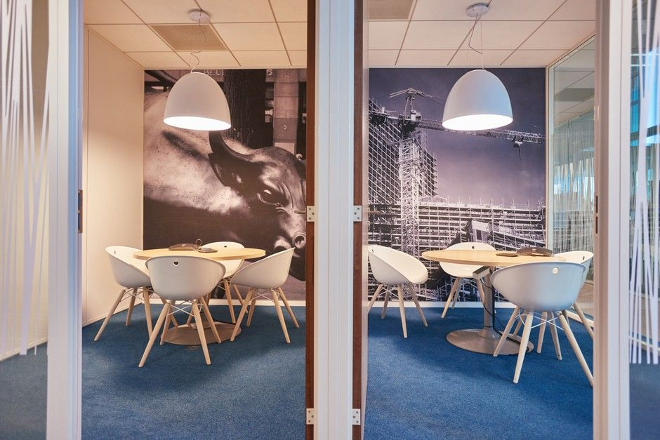 Wall #graphics for meeting romm of the head office of Euronext by #Megamark -  http://www.megamark.fr