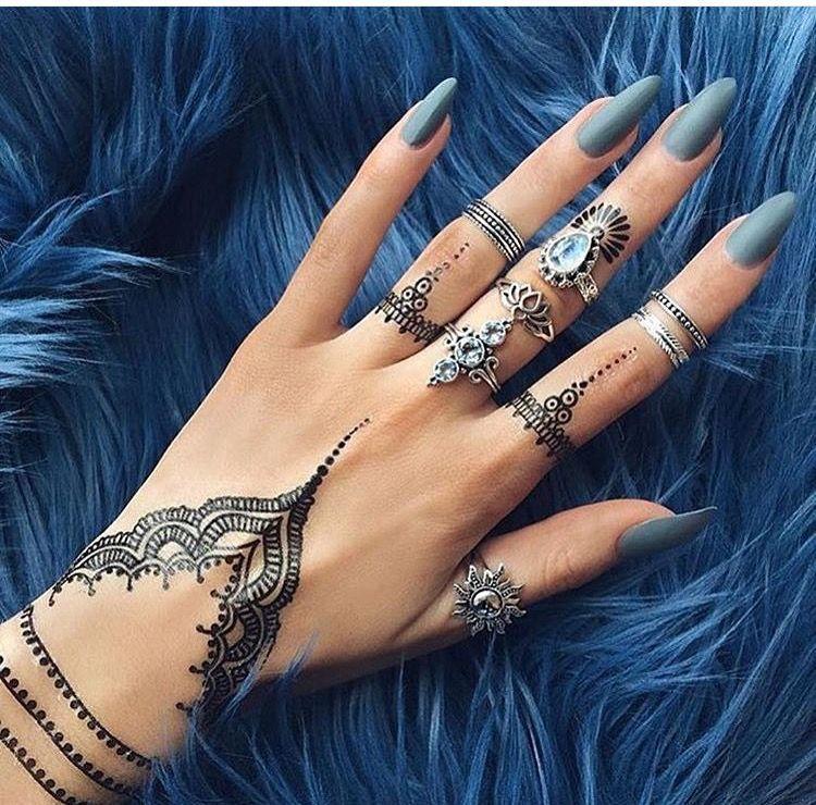 Tattoo Side Hand Arabic Writing Side Hand Tattoos Hand Tattoos For Women Tattoos For Women