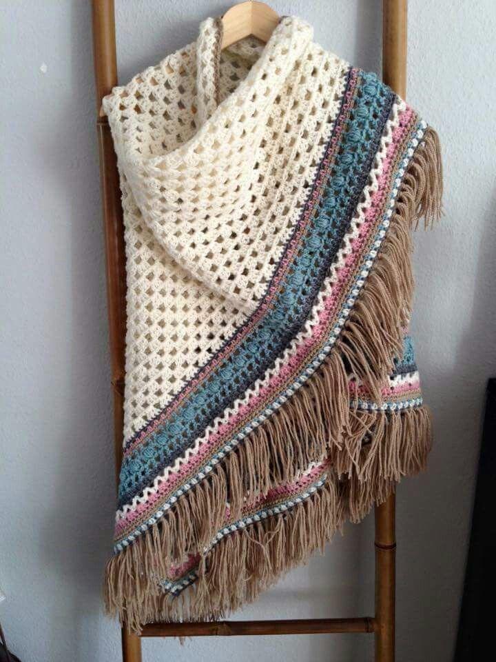 Crochet haken omslagdoek gekleurde rand
