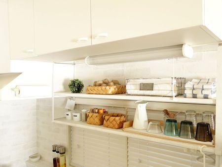 キッチン上のスペースを有効活用 吊り戸棚 の使い方 収納アイデア