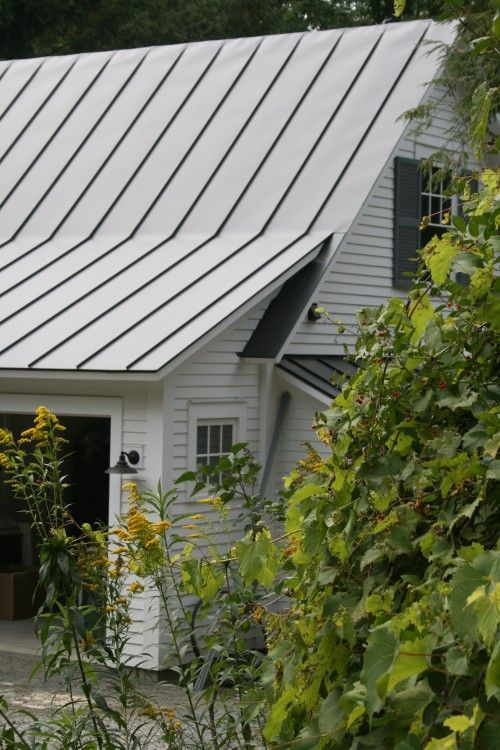 Tin Roof Metal Roofs Farmhouse Traditional Exterior Metal Roof Houses