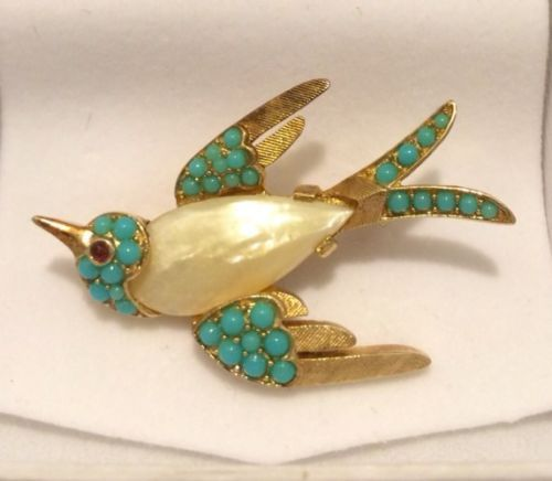 RARE-VTG-Signed-TREFARI-Gold-Tone-Turquoise-Pearl-Jelly-Belly-Bird-Pin-Brooch