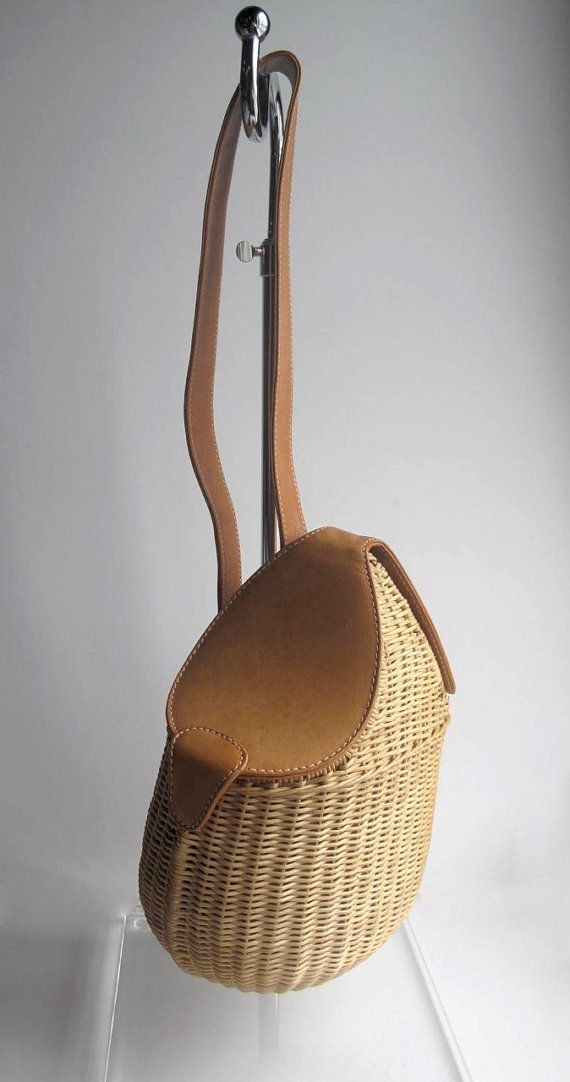 9affcc78fc4b Amazing Vintage Gucci Basket Handbag от MaxineofBeverlyHills | сумки ...