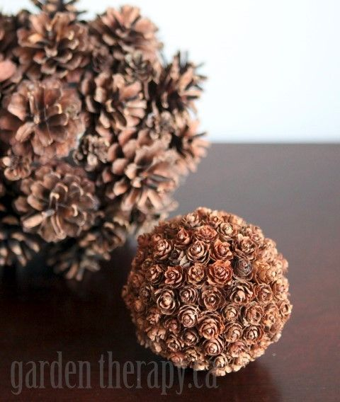 Diy decor in minutes pinecone spheres pine cone glue for Holiday craft ideas with pine cones
