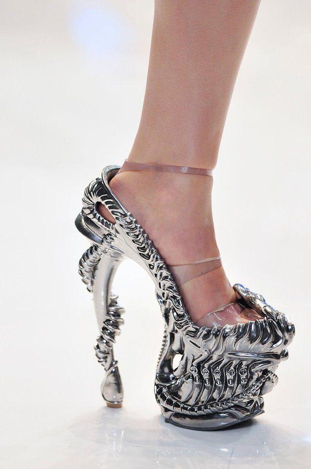 3bcc52b1210 Aliens! Alexander McQueen Platform Heels, S/S 2010 The designer's ...
