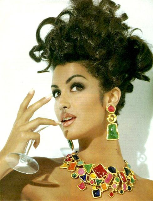 Yasmeen Ghauri looking very early-90s glam. | Supermodels ...