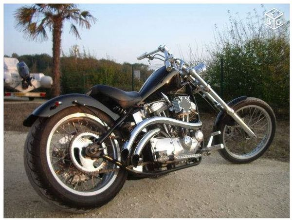 moto harley davidson 1200 cm3 occasion custom 2011 essence 4 temps 7000 la rochelle. Black Bedroom Furniture Sets. Home Design Ideas