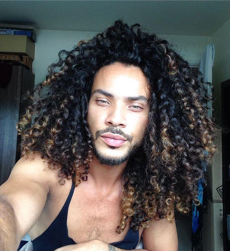 natural curly hair men / curl power Curly hair men, Long