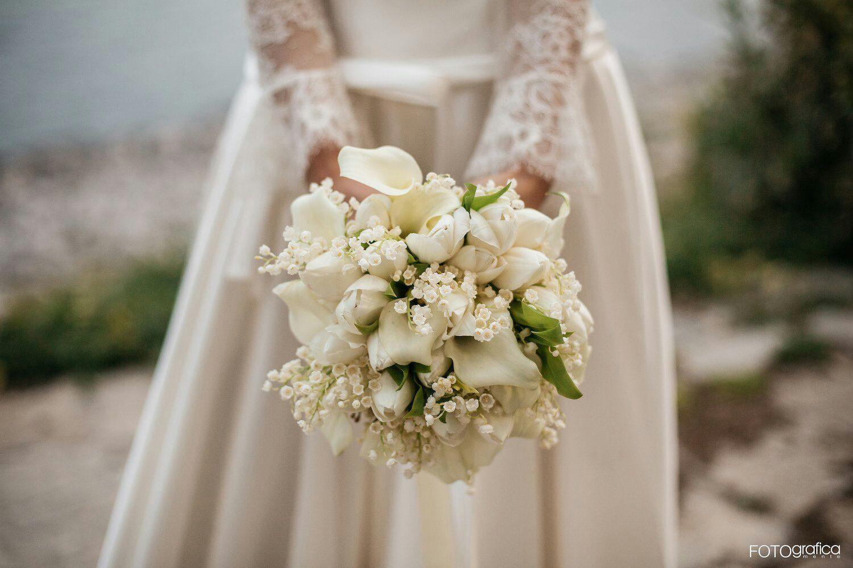 Bouquet Sposa Rose E Calle.Bouquet Con Mughetti Tulipani E Calle Bouquet Da Sposa