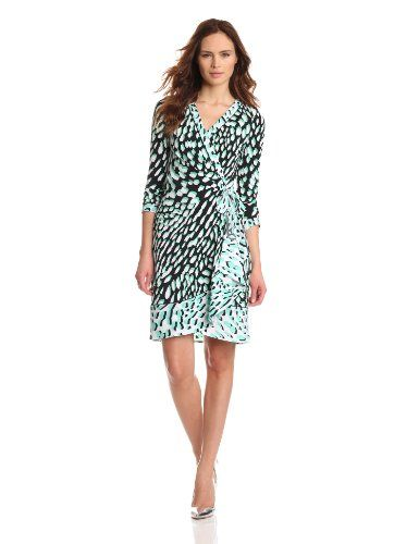 90b8d10ecbc76c Bcbgmaxazria Women's Quindan Knit City Dress, Light Evergreen Combo, Small