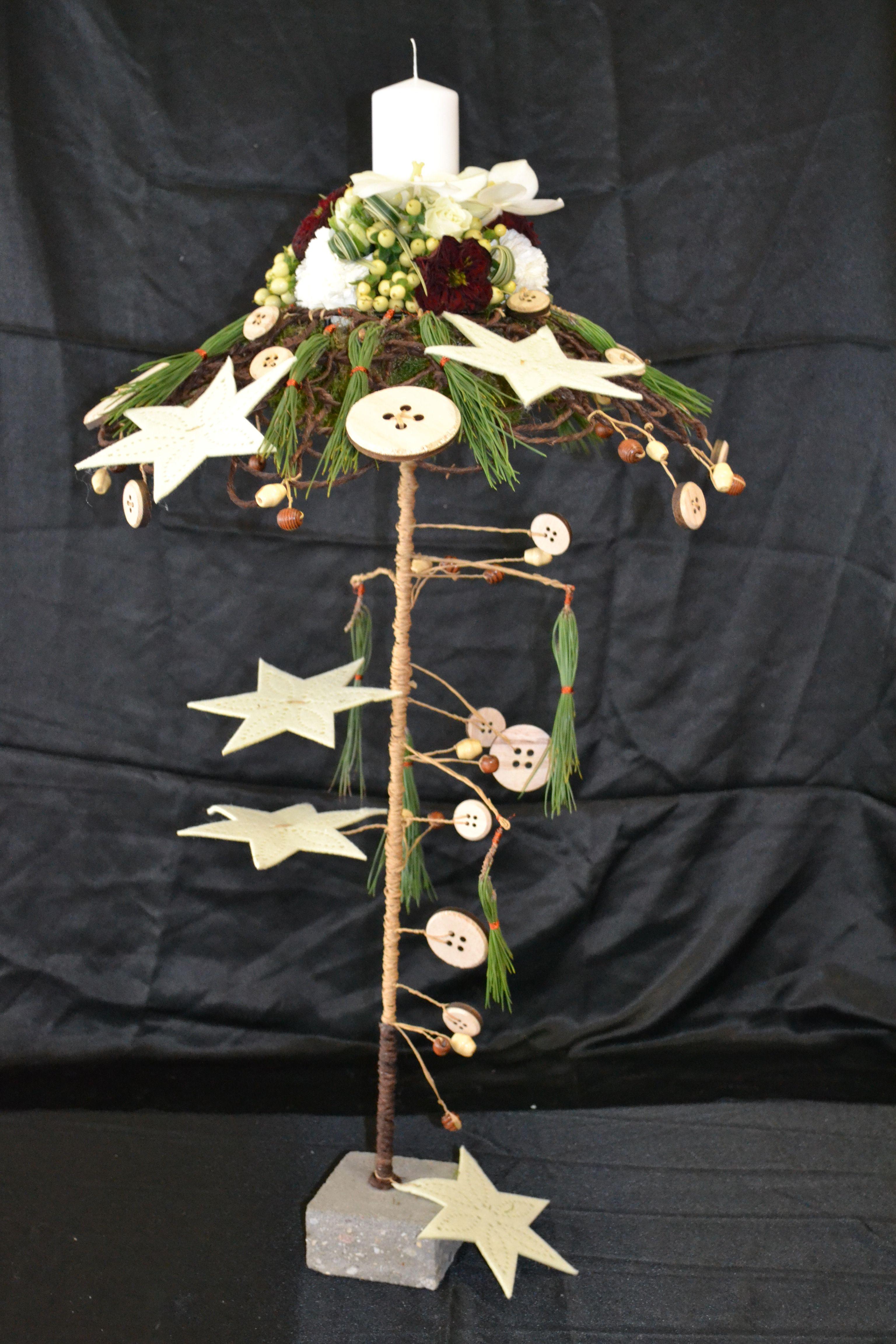 Composition , Noël 2015 réalisé par Dominique Kwiatek .Décembre 2015.