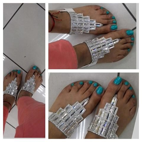 Pin auf Nails (Fingernägel lackiert oder Fußnägel lackiert)