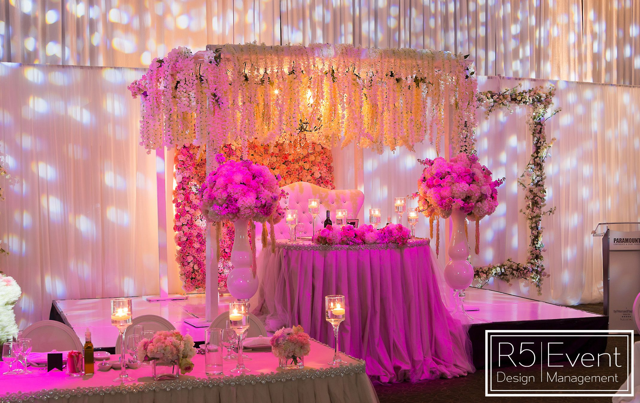 Head Table with lots of Wisteria Roses