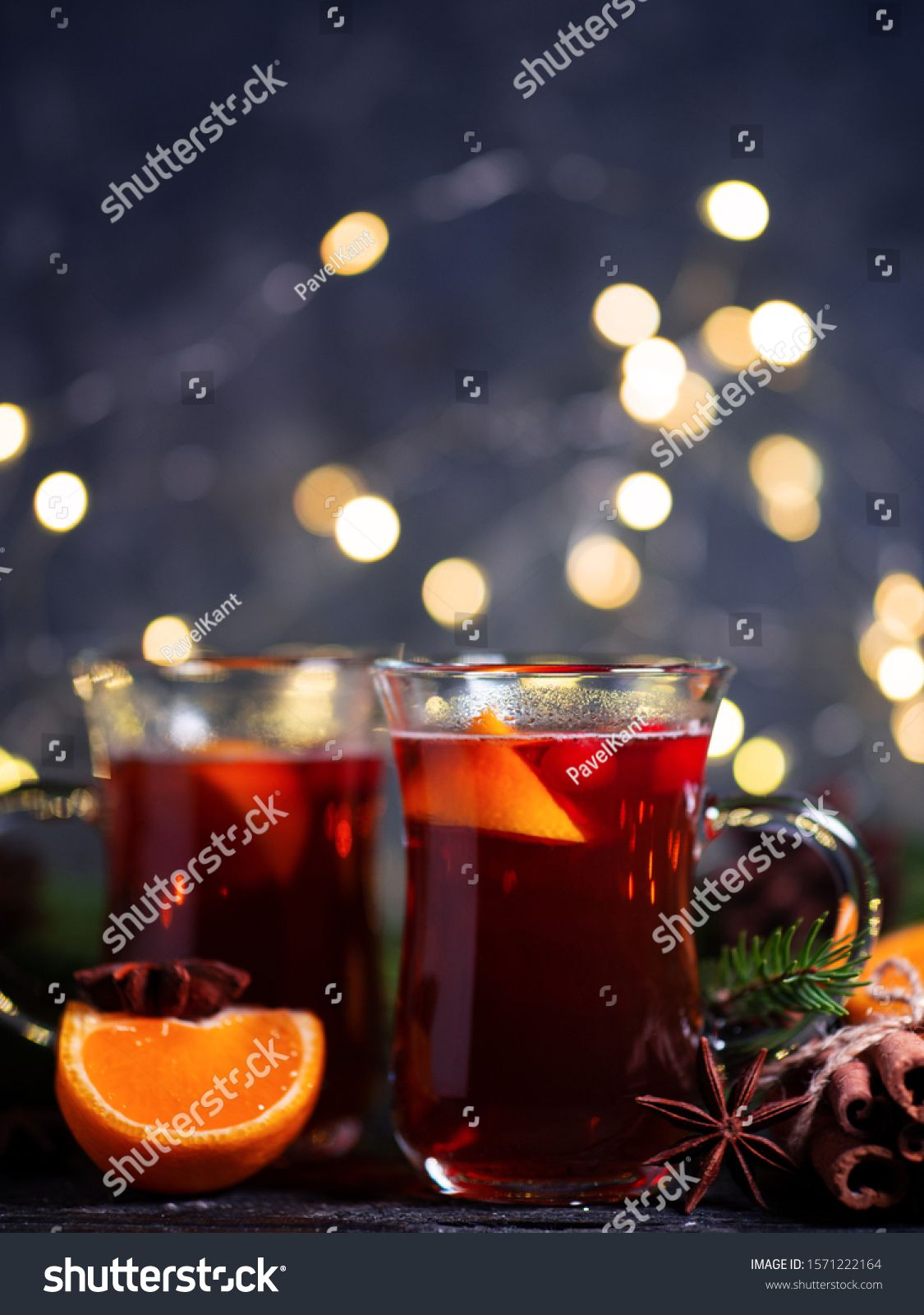 Christmas Winter Mulled Wine From Red Wine With Spices And Fruit Tangerines With Cinnamon Traditional Alcoholic Hot Dri Mulled Wine Mulled Mulled Apple Cider