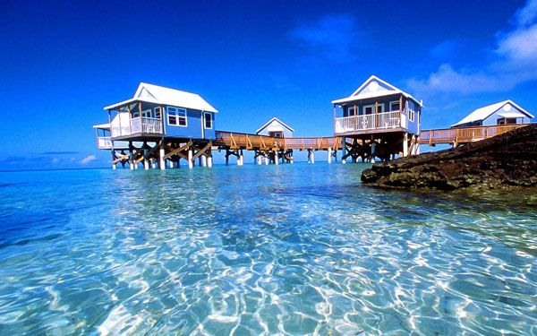 Cottage houses at Bermuda beach