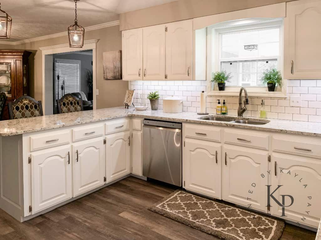 Kitchen Cabinets In Alabaster Painted By Kayla Payne In 2020 Oak Kitchen Cabinets Painting Kitchen Cabinets Cream Kitchen Cabinets