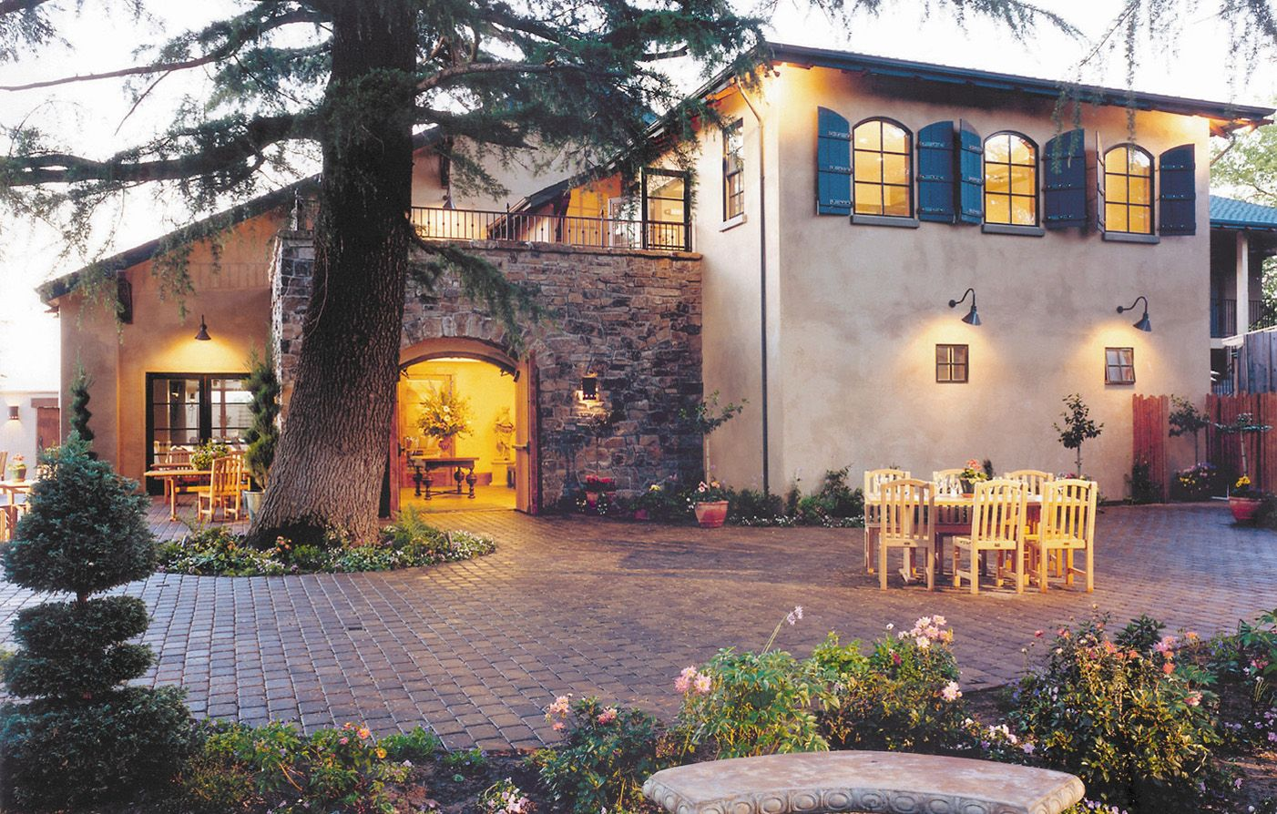 Wine Roses Hotel Is A Luxury Lodi In Northern California S