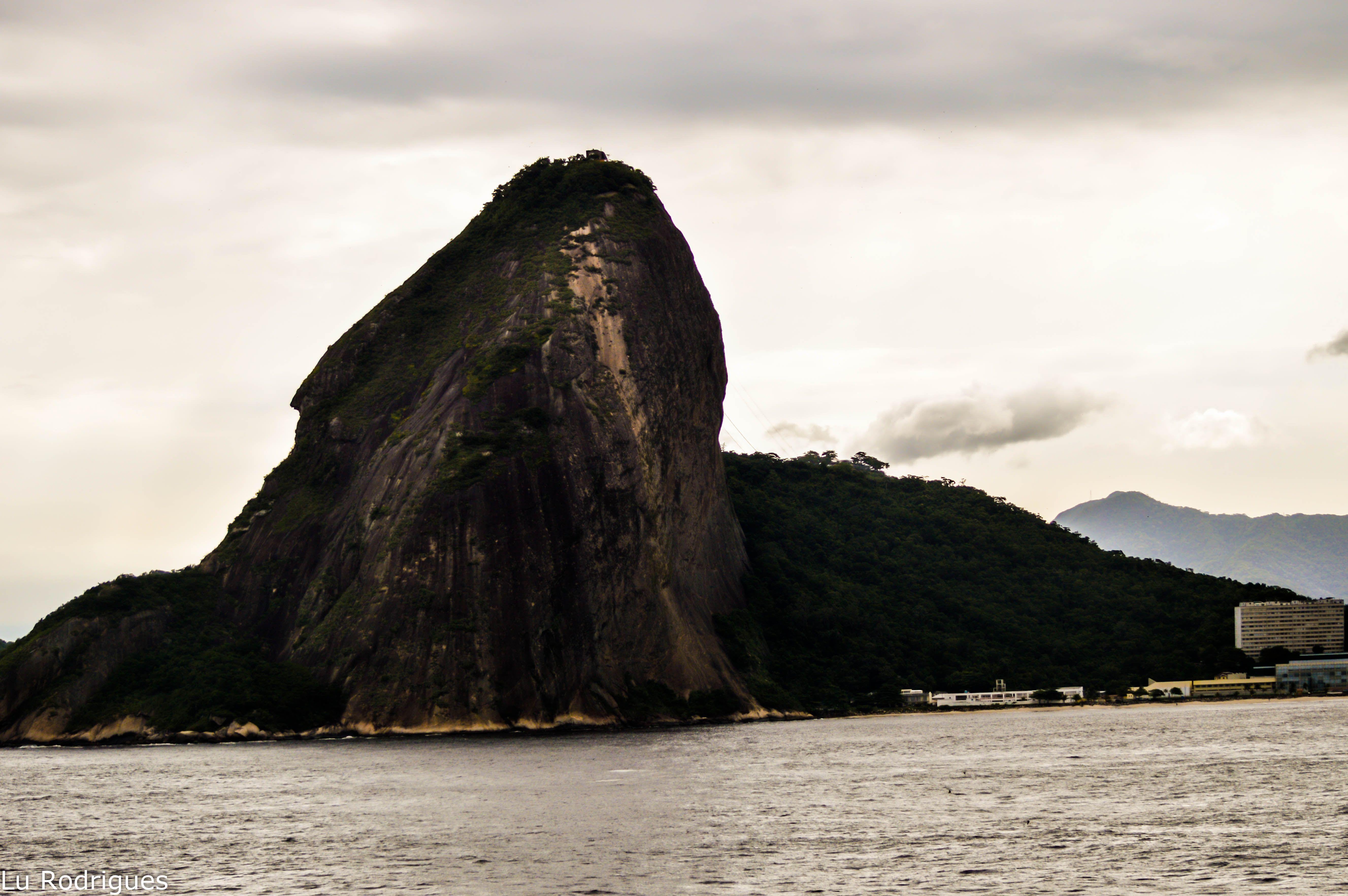 Morro do Pão de Açucar visto da Fortaleza
