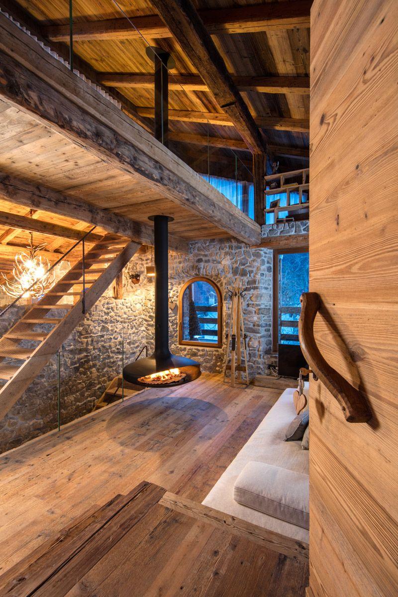 Soppalco e strutture con travi antiche interni nel 2019 for Casa interni design